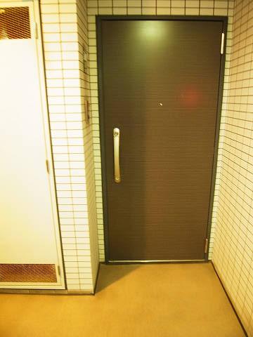 ドルチェ日本橋浜町・弐番館 玄関