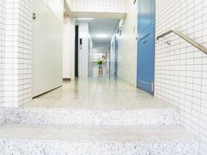 渋谷本町マンション  内廊下