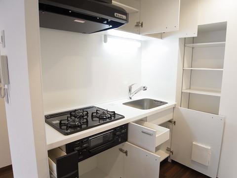 コーポラス幡ヶ谷 キッチン収納