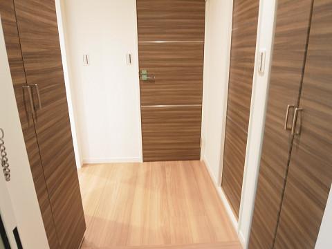 クレベール西新宿フォレストマンション 玄関