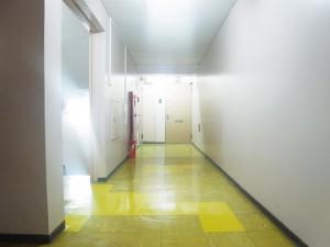 経堂オリオン 内廊下