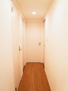 エクセルシオール西新宿 廊下