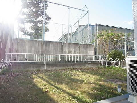 砧フラワーマンション 庭