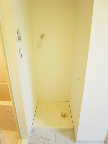 ライオンズマンション初台第3 洗濯機置場