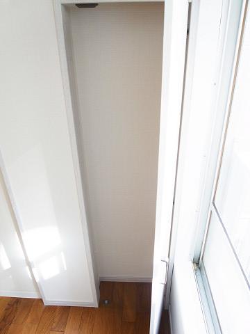 原宿第8宮庭マンション 洋室1 収納