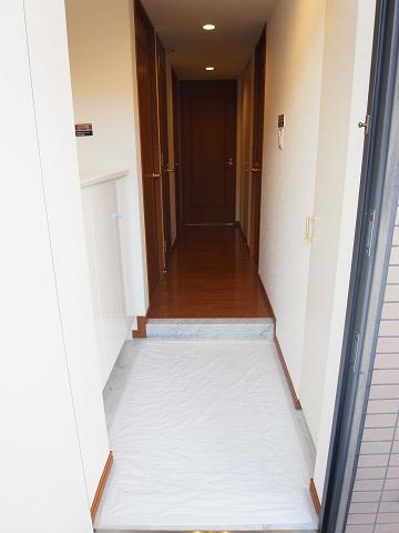 クリオ八幡山壱番館 玄関