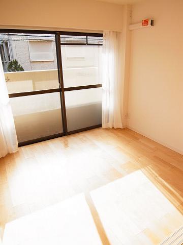 東中野ハイツ 洋室1