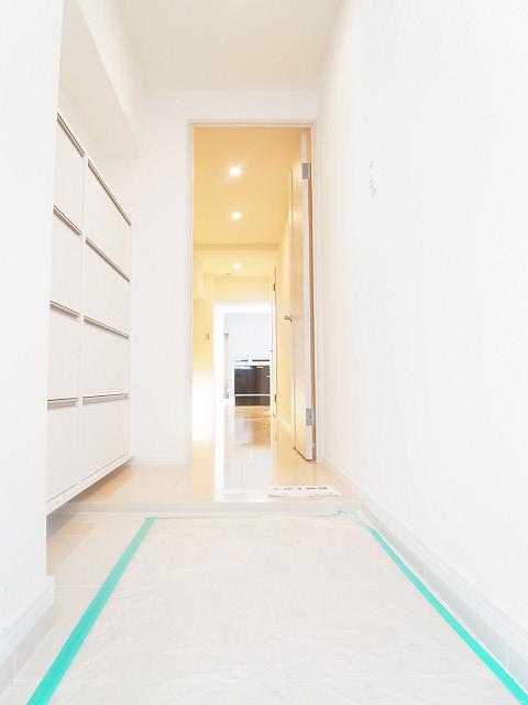 新宿フラワーハイホーム 玄関
