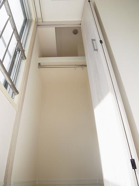 新宿フラワーハイホーム クローゼット